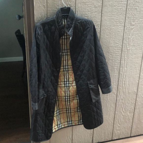 Burberry Jackets & Blazers - Burberry quilted trench coat